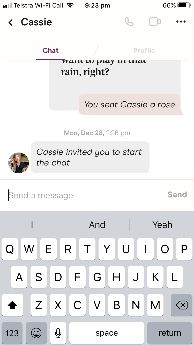 Can You Send Pictures On Hinge?