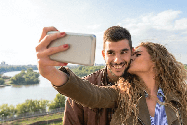 Best Dating Apps Like Tinder - Fun Couple Online Dating