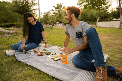 Is A Picnic A Good First Date - Couple On A Picnic