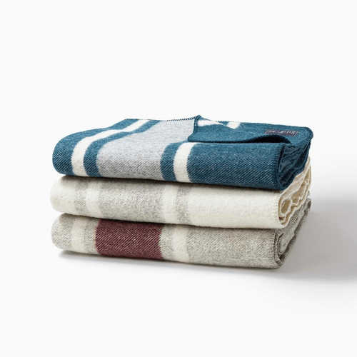 Is A Picnic A Good First Date - Ibex Merino Wool Blanket