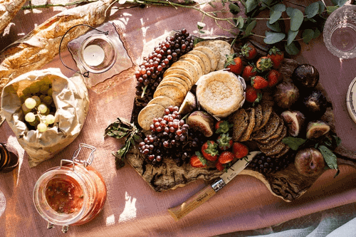 Is A Picnic A Good First Date - Picnic Food
