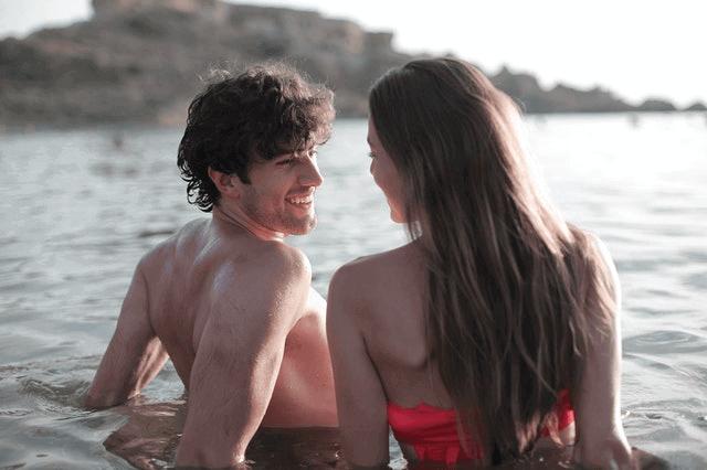 Is The Beach A Good First Date - Beach Date