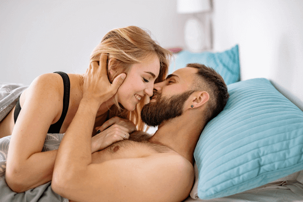 How to Make A Romantic Evening for Him - intimate couple