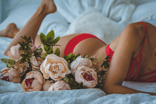 How to Make A Romantic Evening for Him - wear lingerie