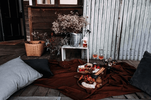 Is A Movie At Home A Good First Date - date at home setup